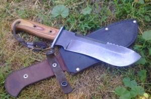 Нож Бивак